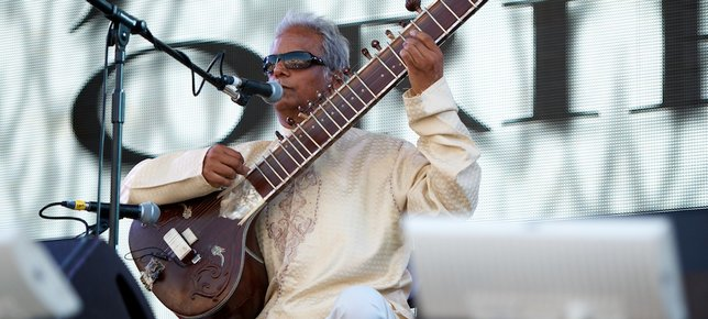 Baluji performing with Jazz Orient Performing at BT London Live 2012